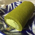 田舎家 - 玉露ろーるケーキ=1500円
