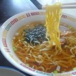 エチゴヤ - 麺はこんな感じです。