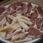元祖 京城屋 - カルビ、豚みみ、ジンギスカン