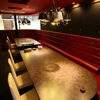 プライベート空間でゆっくりお楽しみいただける人気の完全個室☆