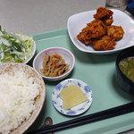 せんちゃん - から揚げ定食650円