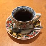 63639546 - 食後後のコーヒー、有田焼のカップでした。