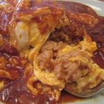キッチン・オバサン - ハヤシソースとオムライスが融合