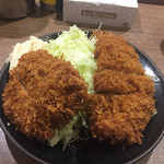 はしや - チキンカツ定食530円にヒレカツ200円追加
