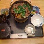 翠松閣 - すき焼風牛なべ定食(大)