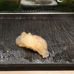 梅丘寿司の美登利総本店 - 伊勢エビ