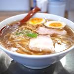 麺や七彩 - 味玉喜多方らーめん(醤油)