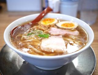 麺や 七彩 - 味玉喜多方らーめん(醤油)