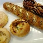 レフボン - 料理写真:買ったパン。