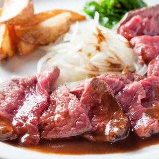 肉の旨さを実感するギュ〜と旨味を閉じ込めた極上ハラミステーキ