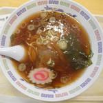 萬来 - 料理写真:ラーメン 490円