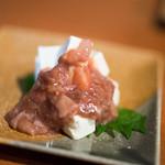 石臼挽きうどん しゅはり - 2017.3 酒盗クリームチーズ(390円)