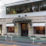 レストラン ひらまつ - 入口