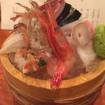 旬魚季菜 とと桜 - ガスエビと甘エビと水ダコとイカのエンペラとブリとヒラメのえんがわの刺身盛り