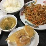 63675897 - 豚肉細切北京風