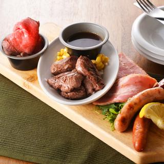 ●炭リッチのステーキ●炭焼きメニューをリッチに楽しめます♪