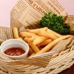 ステーキ&ビア ビストロ・パプリカ - フライドポテト