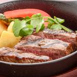 ステーキ&ビア ビストロ・パプリカ - 牛ランプステーキ(もも)
