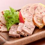 ステーキ&ビア ビストロ・パプリカ - 冷製パテの盛り合わせ