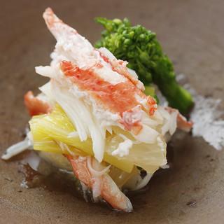 【素材の持ち味を最大限に生かした日本料理】