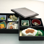 和楽 - お昼のおすすめ:幕の内弁当