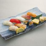 和楽 - お昼のおすすめ:にぎり寿司