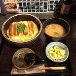 土風炉 夢町小路 - カツ丼のセット(950円)
