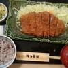 Katsubee - 料理写真:ジャンボとんかつランチ(税込み1684円)