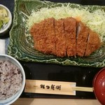 かつ兵衛 - 料理写真:ジャンボとんかつランチ(税込み1684円)