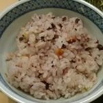 かつ兵衛 - ジャンボとんかつランチ(税込み1684円) ご飯は、白ご飯と15穀米のいずれかを選択できる。
