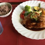 むいにー亭 - 料理写真:「鶏肉のもも肉オーブン焼き」1500円