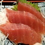 魚の三是 - 刺身3