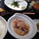 63703740 - トクトク定食[トロロ](850円)
