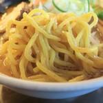 くりやらーめん - 麺(大盛)