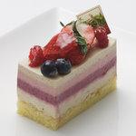 門洋菓子店 - ストロベリーフィールズ(380yen)