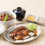 釜焼鳥本舗おやひなや - 骨付鳥とミニ丼セット