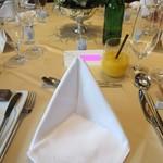 オリエンタルホテル - テーブルセット