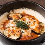 茄子と挽肉のミートソースグラタン