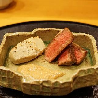 旬席 鈴江 - 料理写真:丹波牛のステーキ カシラ芋を添えて 胡麻ソースで