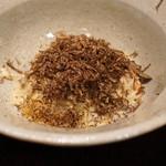 やまぐち - 温かい蟹とモリユ茸のパスタ トリュフがけ