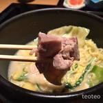 博多華味鳥 - 鶏モモや豆腐や具沢山