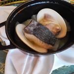 63735687 - 寒鰆と地蛤、冬野菜のココット焼き
