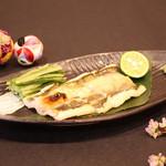 鮨 くろ澤 - 煮穴子の炙り