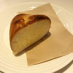 フルーツピークス - パン