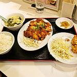 6374156 - 揚げ蒸鶏特製ソース掛け定食
