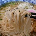 麺や 晴れる家 - 晴れる家らーめん(750円+大盛り100円)~麺