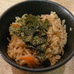 麺や 晴れる家 - ミニ炊き込みごはん(ランチ時無料)