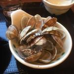 丸亀製麺 - ガラ入れも山盛り