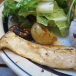 バーチーズ カマクラ - エリンギ、ジャガイモ、ナスの炭焼きグリルアップ