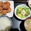 活魚 魚一 - 料理写真:鶏の唐揚げ定食(5こ)
